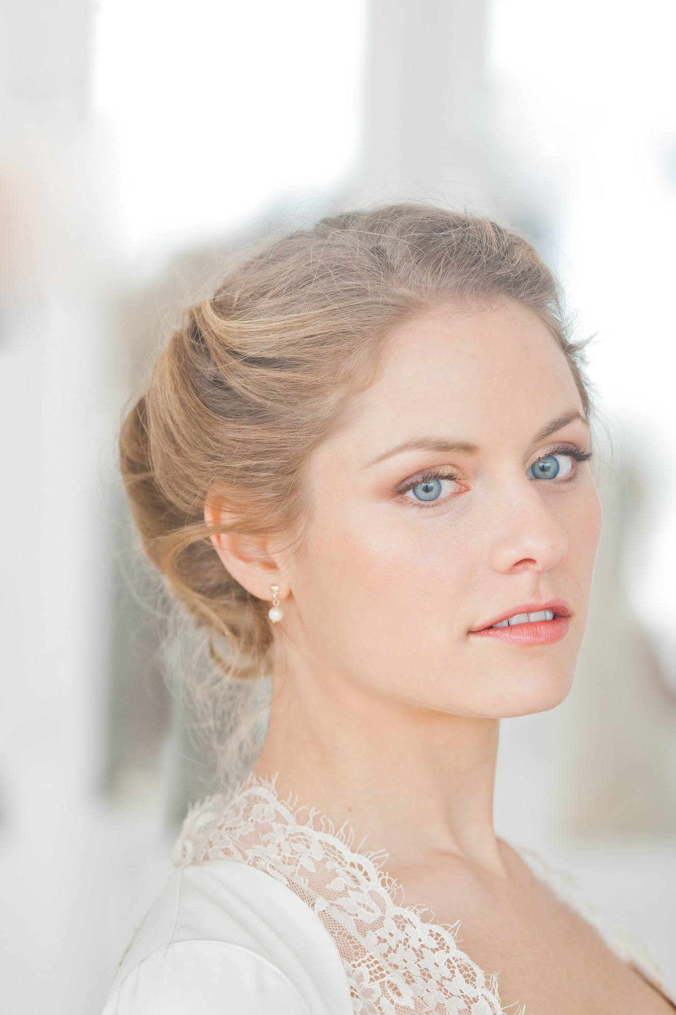 Wedding Day Make Up {Insider Tips From The Love Lust List ...