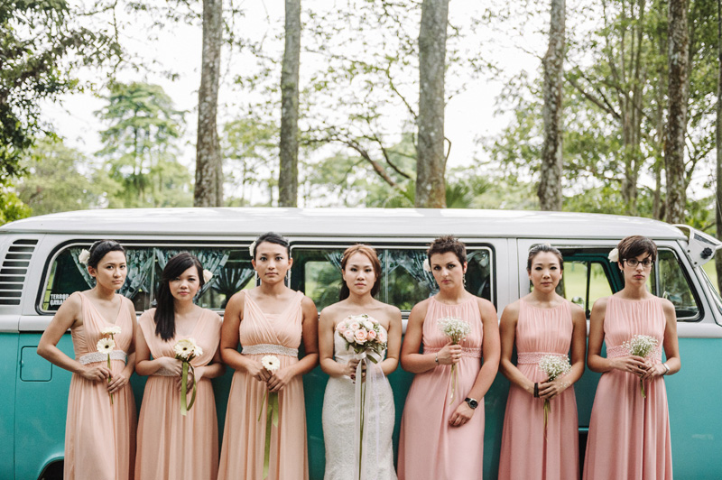 Beach Wedding Ceremony Oahu: A Beautiful Destination Wedding In Singapore With A Pink