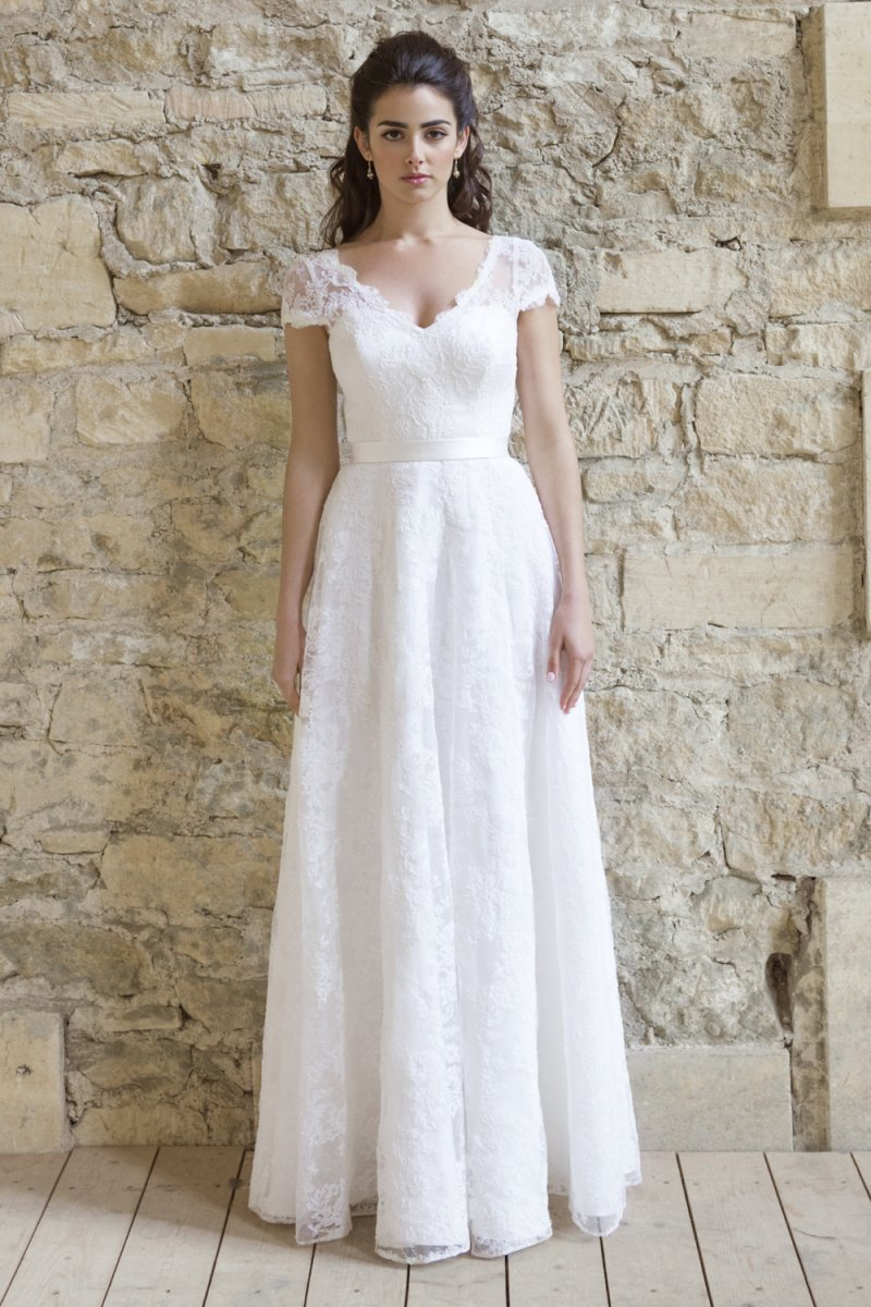 Johanna hehir new collection rock my wedding uk for Simple wedding dresses for petite brides