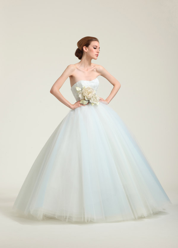 Unique Wedding Dress Archives - ROCK MY WEDDING | UK WEDDING BLOG ...