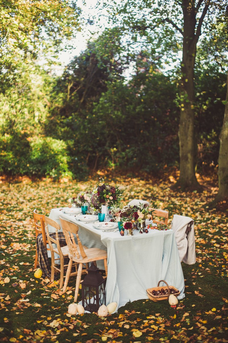 Autumn Fall Inspired Wedding Decor and Fashion Editorial by Rock My Wedding With Florals By Mrs Umbels, Make-up By Claire Salter Photographed By Rebekah J Murray._0032