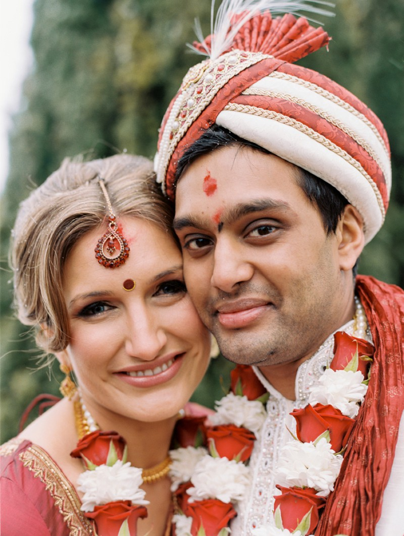 A Beautiful Indian and English Fusion Wedding With A Hindu Ceremony At The Olde Bell In Hurley And Hedsor House By Ann-Kathrin Koch Photography._0010