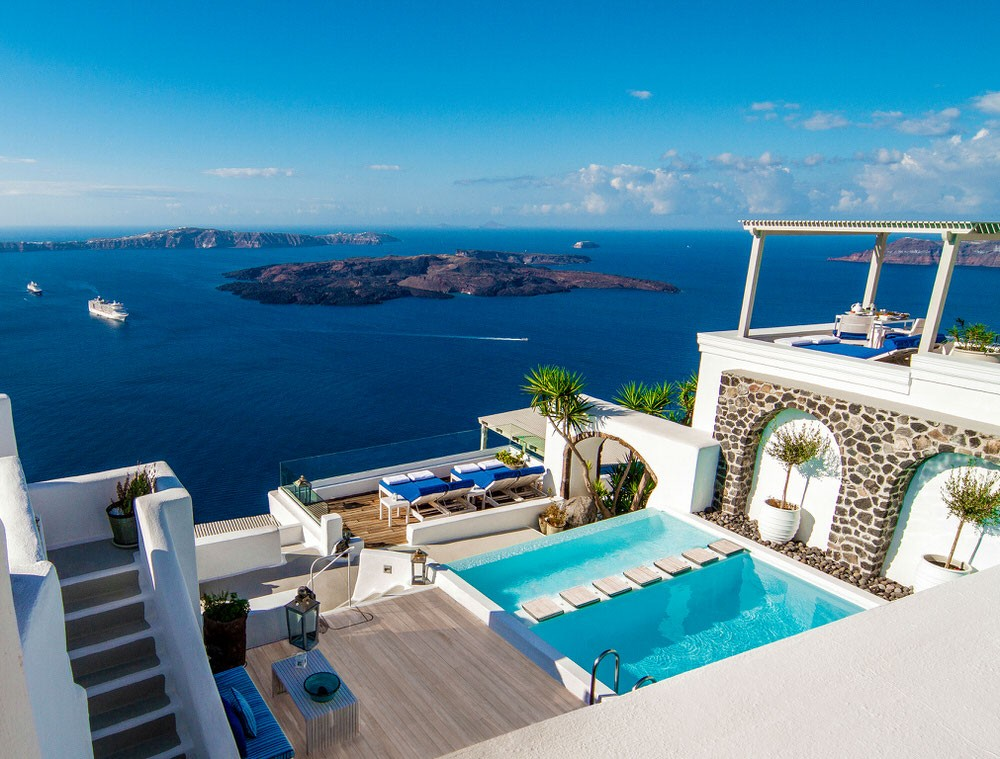 The best european honeymoon destinations and hotels 2015 for Best places for honeymoon