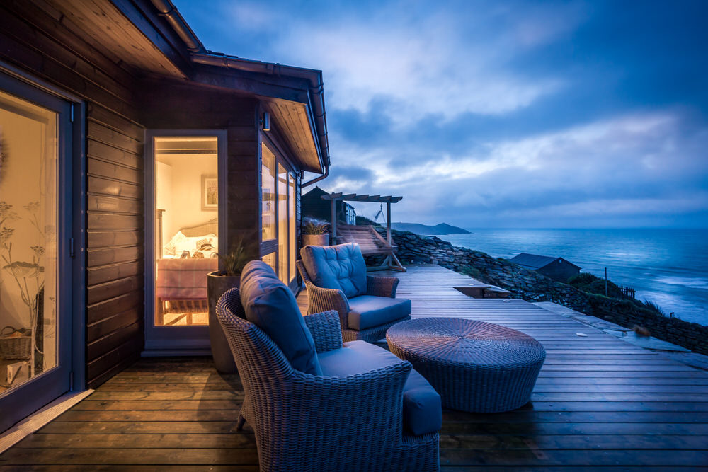 The RMW Reader Survey {Win A Stunning Coastal Mini Break Worth £995}
