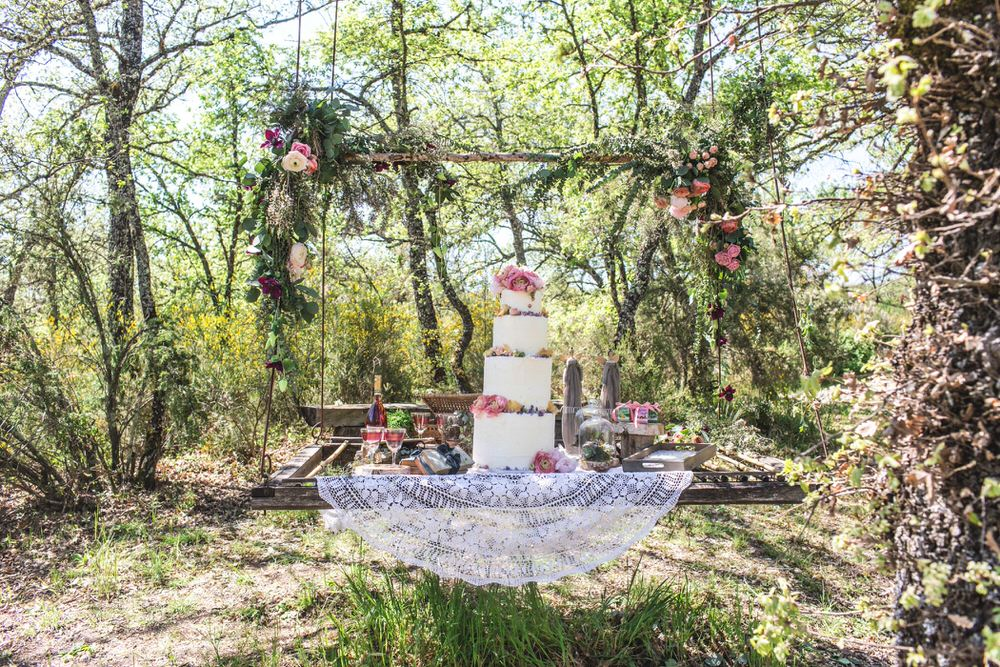 Italy Wedding Planning | UK Wedding Planning | The Love Lust List | Image by Charlotte Hu