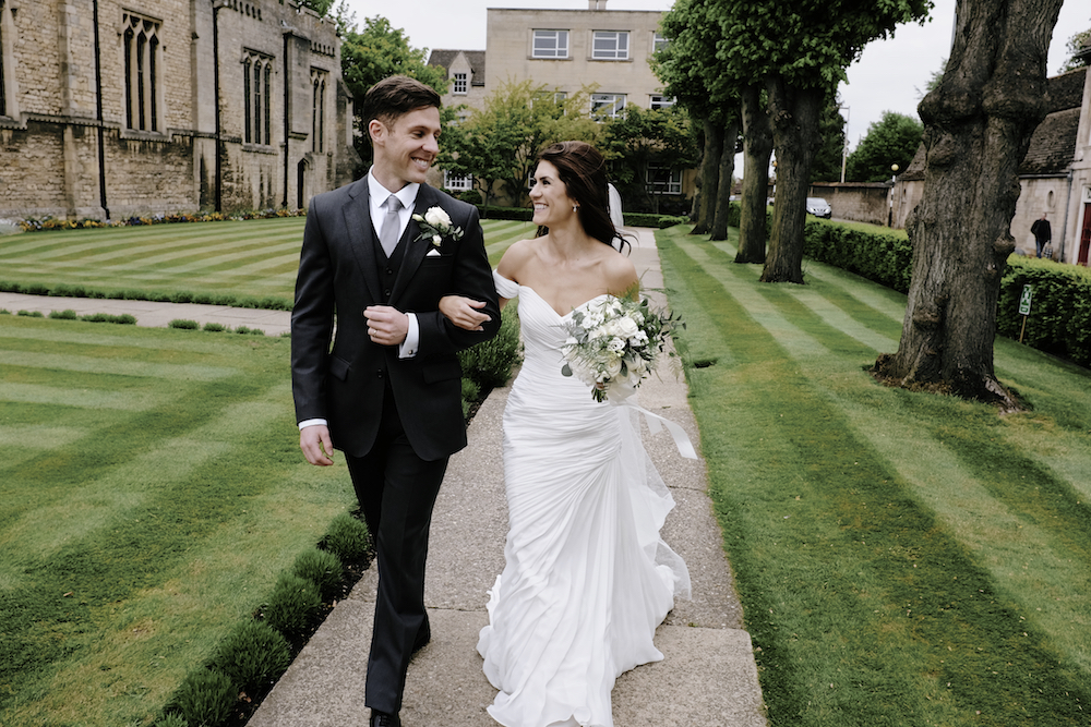 Pronovias Real Wedding Inspiration: UK WEDDING BLOG - The Best UK Wedding