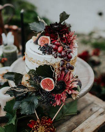 Enchanting & Abundant Autumn Wedding Styling