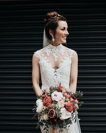 Sleeveless Wedding Dress & DIY Decor