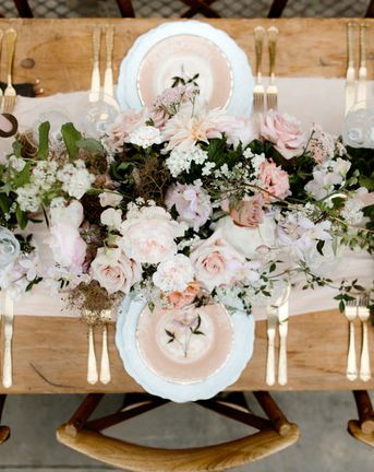 Wedding Place Setting {What Each Guest Needs}