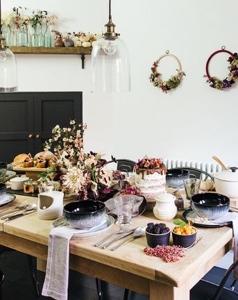 The Cosy Edit {Autumn With The Wedding Shop}