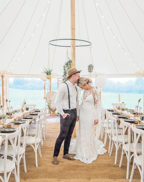 Boho Wedding in Tipi