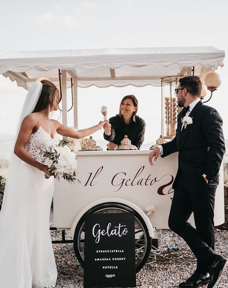 Intimate Black And White Wedding At Villa In The Tuscan Countryside