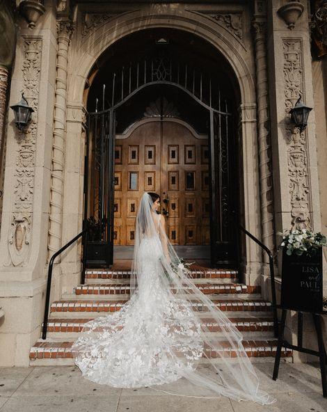 C5 Wedding Dress Guide