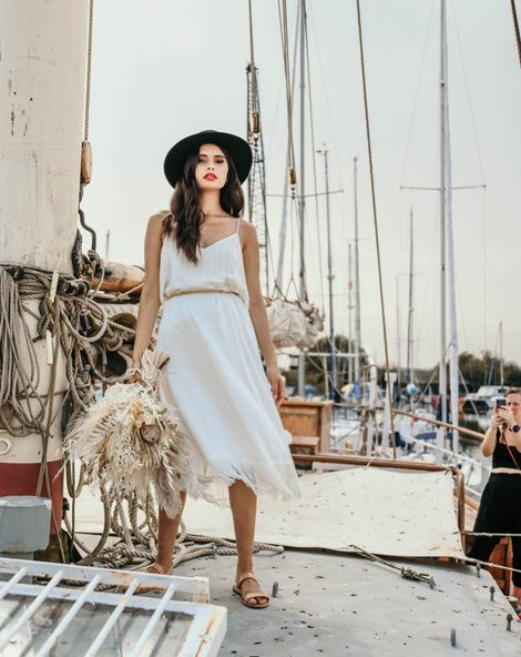 Heybridge Basin nautical wedding inspiration with sustainable wedding fashion by 29 Atelier London captured by Jacqulyn Hamilton Photography