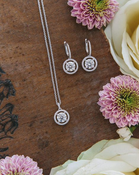 Gorgeous Bridal Jewellery From De Beers