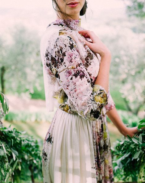 Fabulous Florals At A Tuscan Treehouse