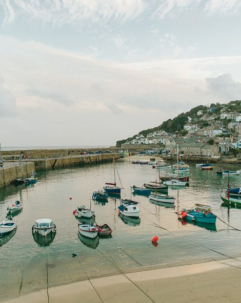 A Minimoon in Mousehole