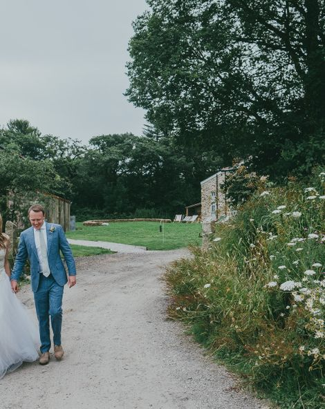 Nancarrow Farm Cornwall Wedding With Bride In Jane Bourvis Gown