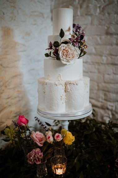 chelsea buns cake design a wedding at great comp gardens kent    styled shoot    nicola dawson photography 189