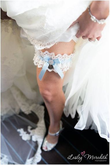 silk garters lindsay scott by lesley meredith photography 2