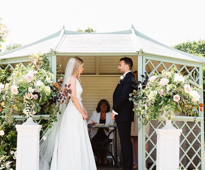 lydie dalton floral design alicecharlie firstlook weddinglr 0046 2