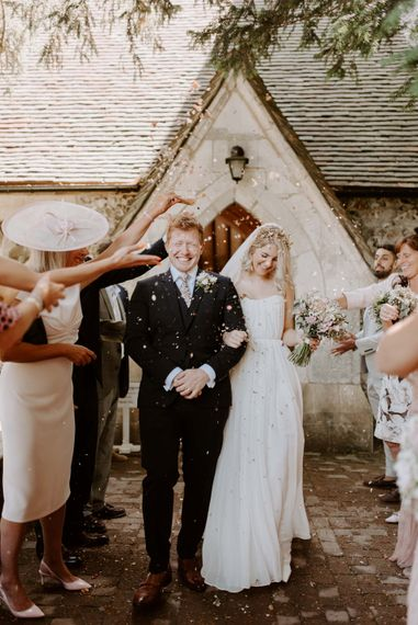 laura williams photography east sussex diy wedding marquee outdoor boho rustic summer042