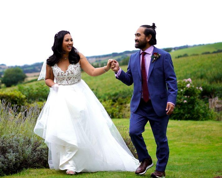 capture weddings cull.00 01 01 08.still004