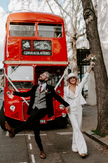 laura williams photography london elopment   laura williams photography   red bus
