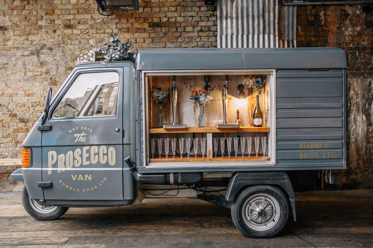 bubble bros prosecco vans and wedding bars ky8b1259 1
