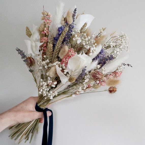 mary elizabeth flowers dried flower wedding styling dried flower bouquet 23