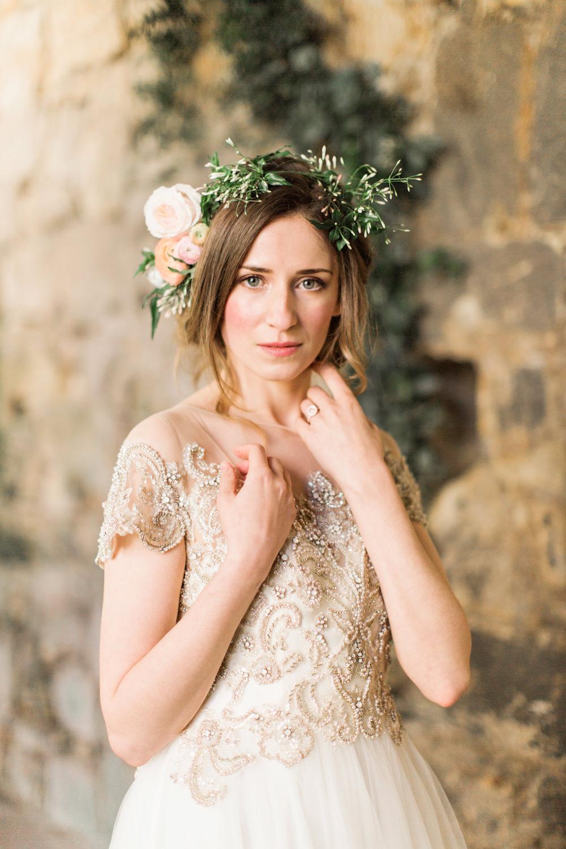 beautiful floral inspiration at brinkburn - rock my wedding | uk