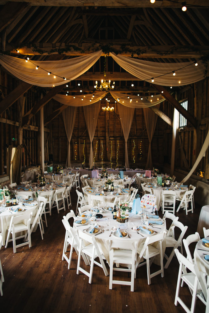 Diy Rustic Wedding At The Great Barn In Kent With Floral