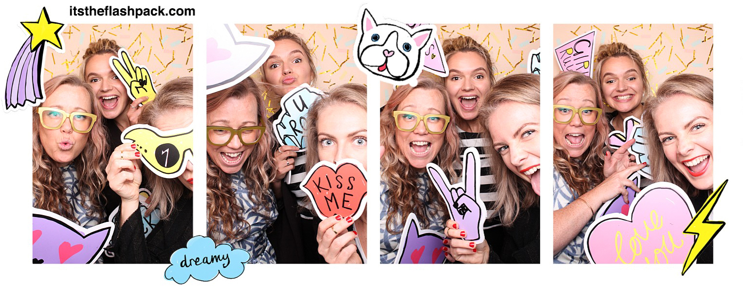 Unique Wedding Photo Booths From The Flash Pack - ROCK MY WEDDING