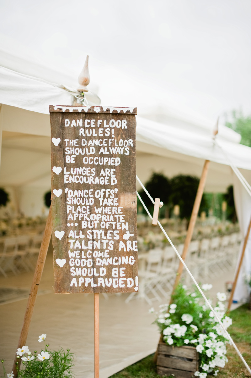 Stylish helpful signage for your wedding day rock my wedding dance floor rules solutioingenieria Image collections