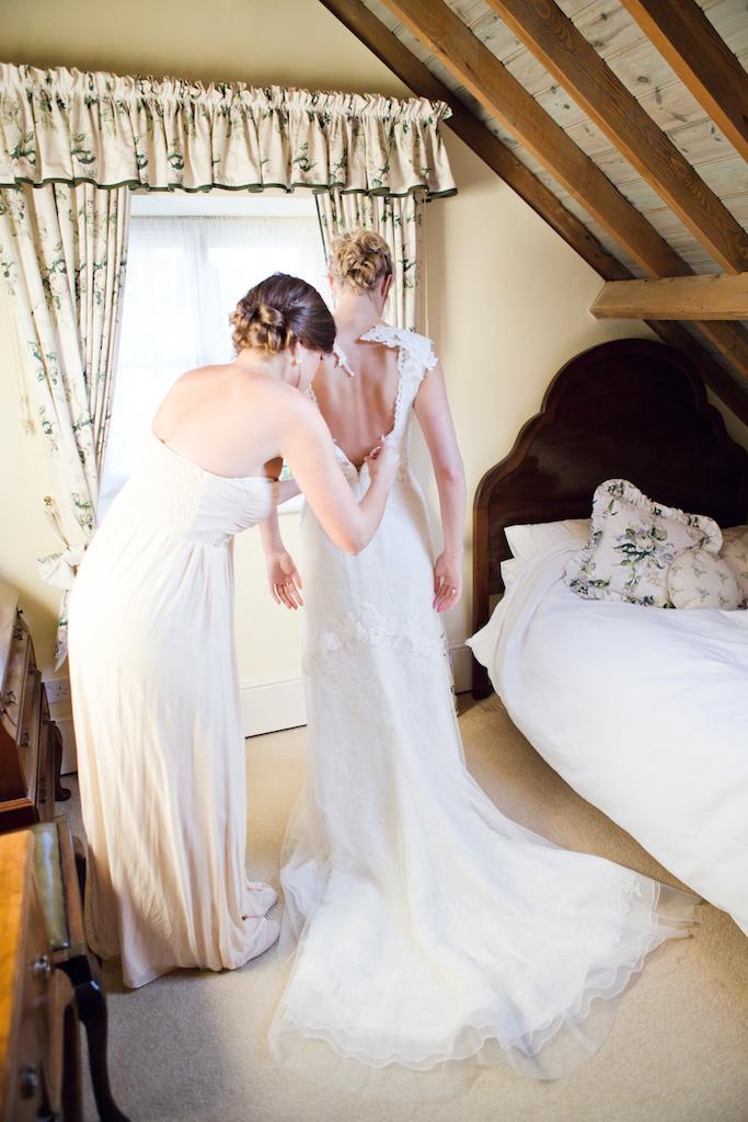 lydia-stamps-photography-wiltshire-salisbury-burcombe-manor-wedding-019
