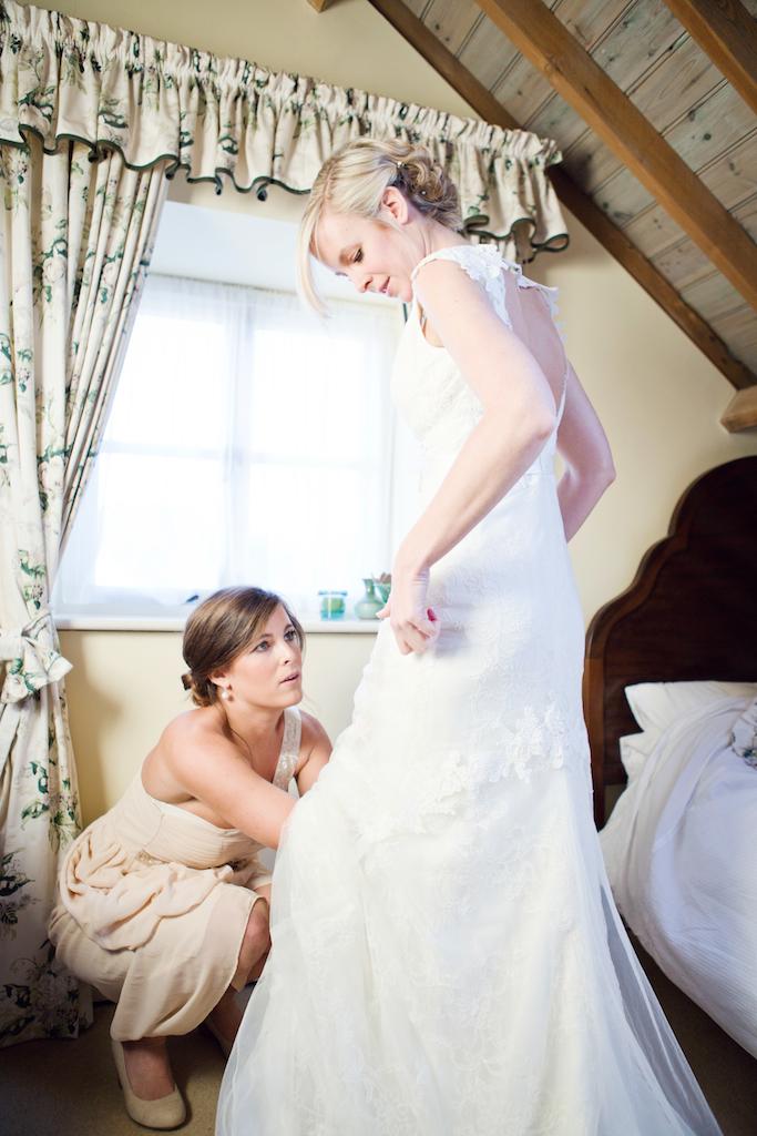 lydia-stamps-photography-wiltshire-salisbury-burcombe-manor-wedding-021