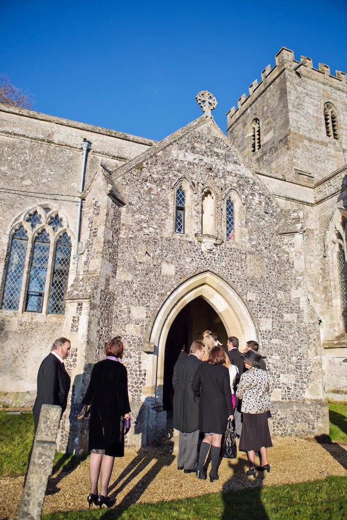 lydia-stamps-photography-wiltshire-salisbury-burcombe-manor-wedding-028