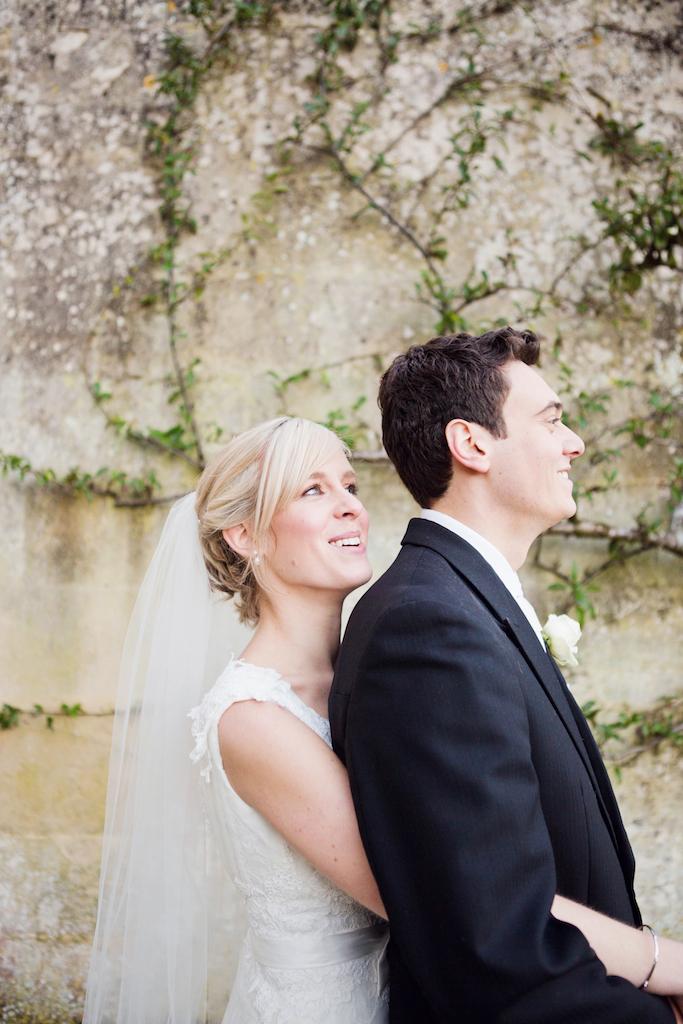 lydia-stamps-photography-wiltshire-salisbury-burcombe-manor-wedding-054