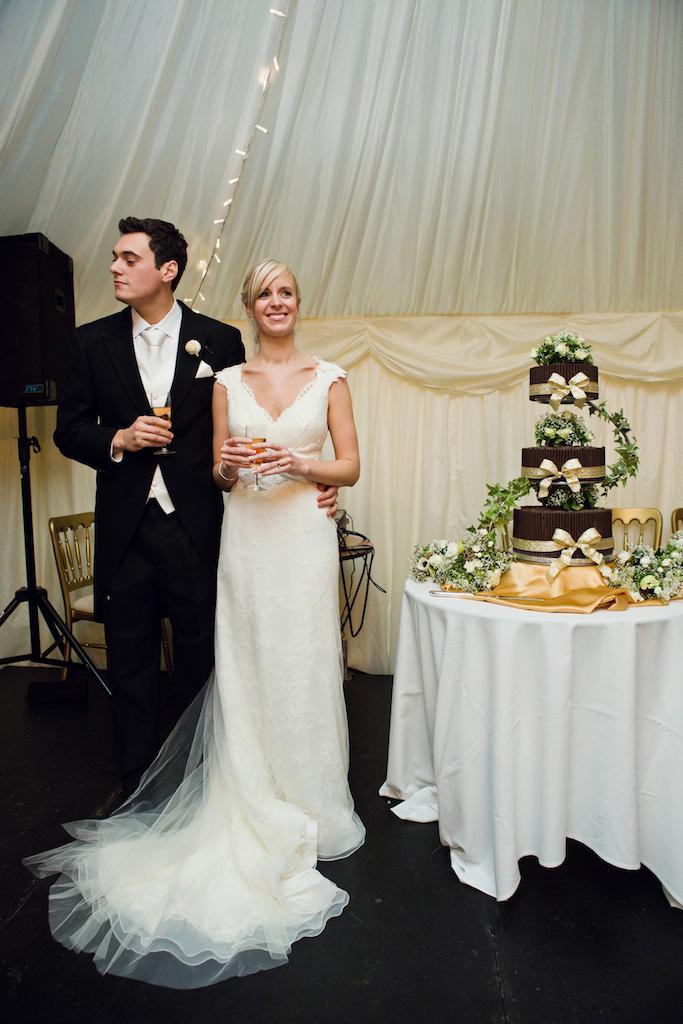 lydia-stamps-photography-wiltshire-salisbury-burcombe-manor-wedding-076