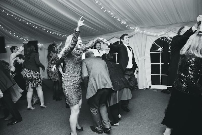 lydia-stamps-photography-wiltshire-salisbury-burcombe-manor-wedding-098