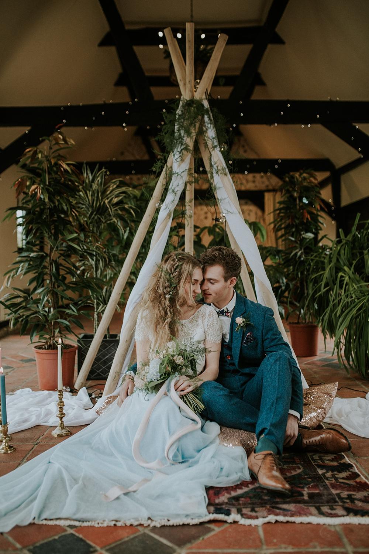Bohemian wedding inspiration shoot with images lola rose photography bohemian wedding inspiration images by lola rose photography styling by the white emporium junglespirit Choice Image