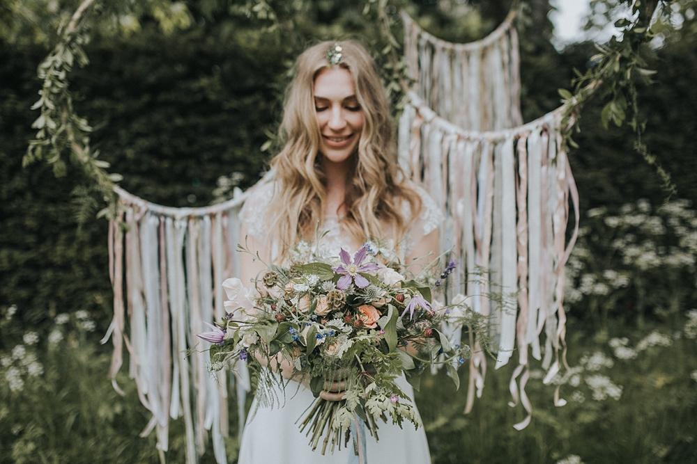 Bohemian wedding inspiration shoot with images lola rose photography bohemian wedding inspiration images by lola rose photography styling by the white emporium junglespirit