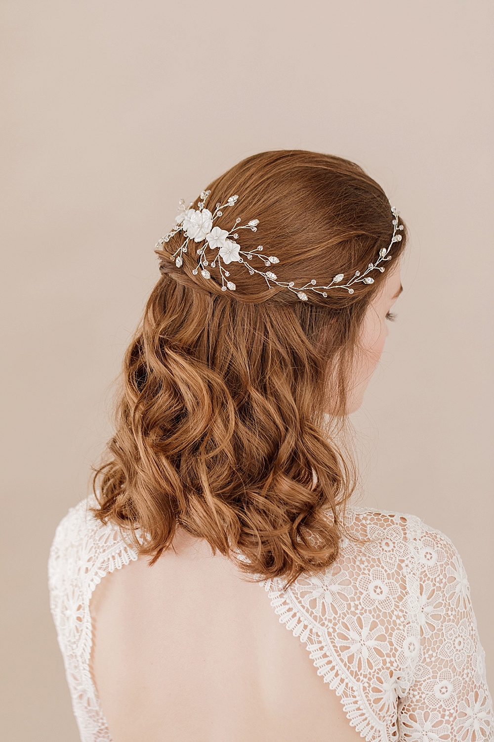 elegant bridal accessories for modern stylish brides