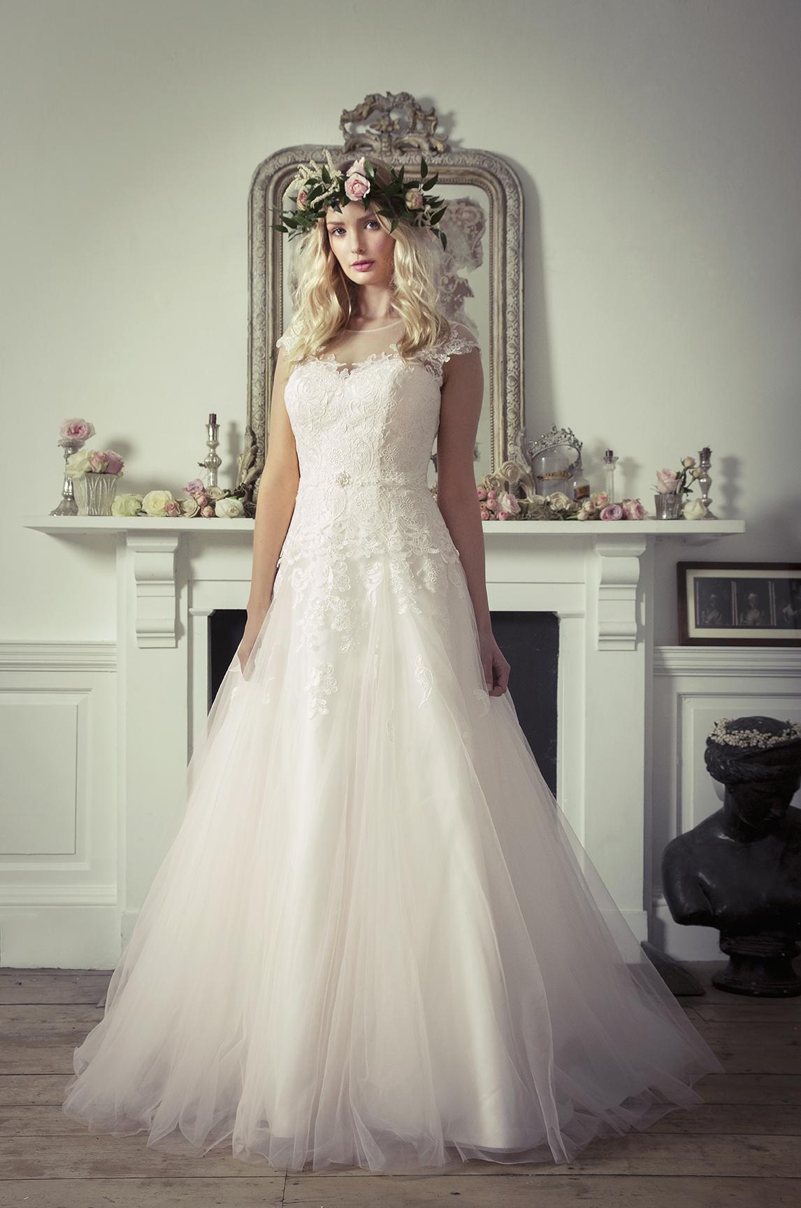 مجموعة فساتين زفاف متنوعة CB-Lainey-5018