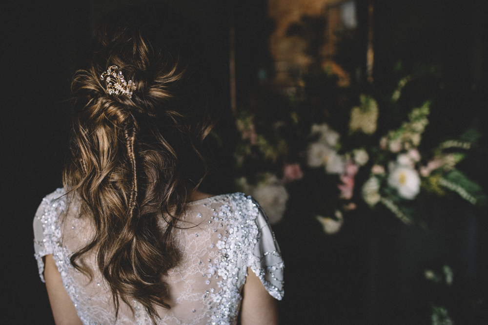 Dark Hues For An Intimate Wedding Inspiration Shoot At