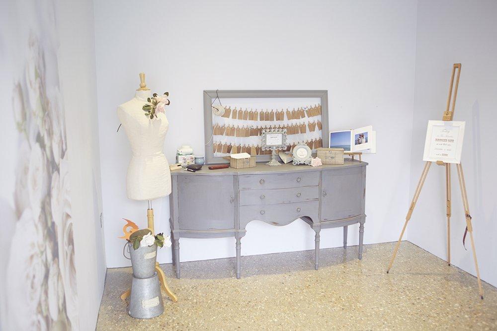"<a href=""https://www.nataliejweddings.com"" target=""_blank""> Natalie J Weddings Wedding Photography</a>"