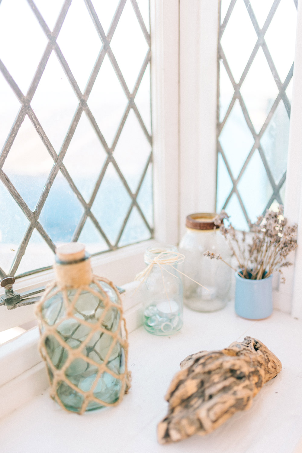 Intimate Pastel Coastal Wedding at Artist Beach House in Whitstable ...