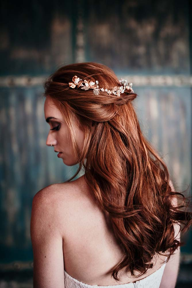 wedding hair style image industrial wedding inspiration at warehouse in 5577