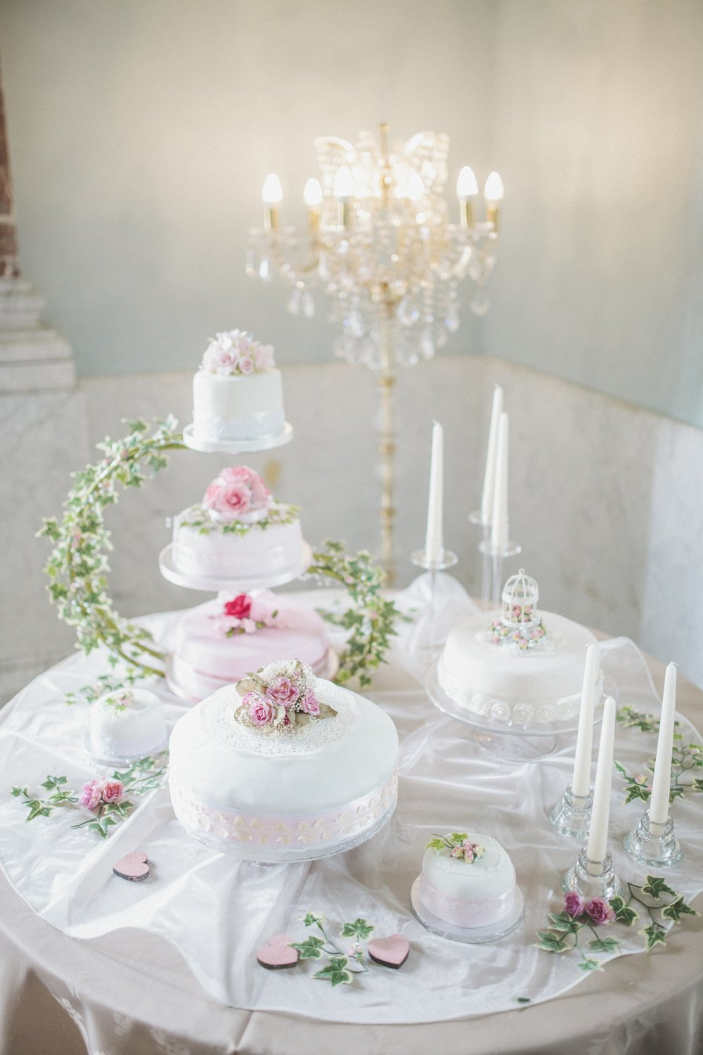 A classic wedding with a vintage twist in Tees Valley with the bride ...