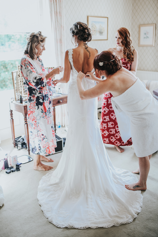 Pastel Green & White Wedding at Mount Ephraim Gardens Kent